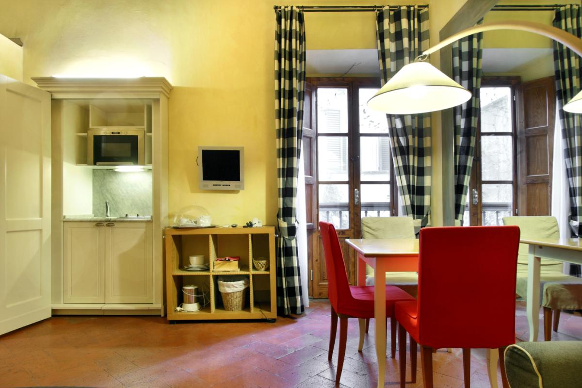 studio apartmento 2 persone firenze centro con  wifi